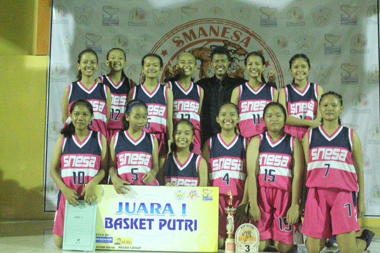 Juara Pertama Kompetisi Bola Basket Kabupaten